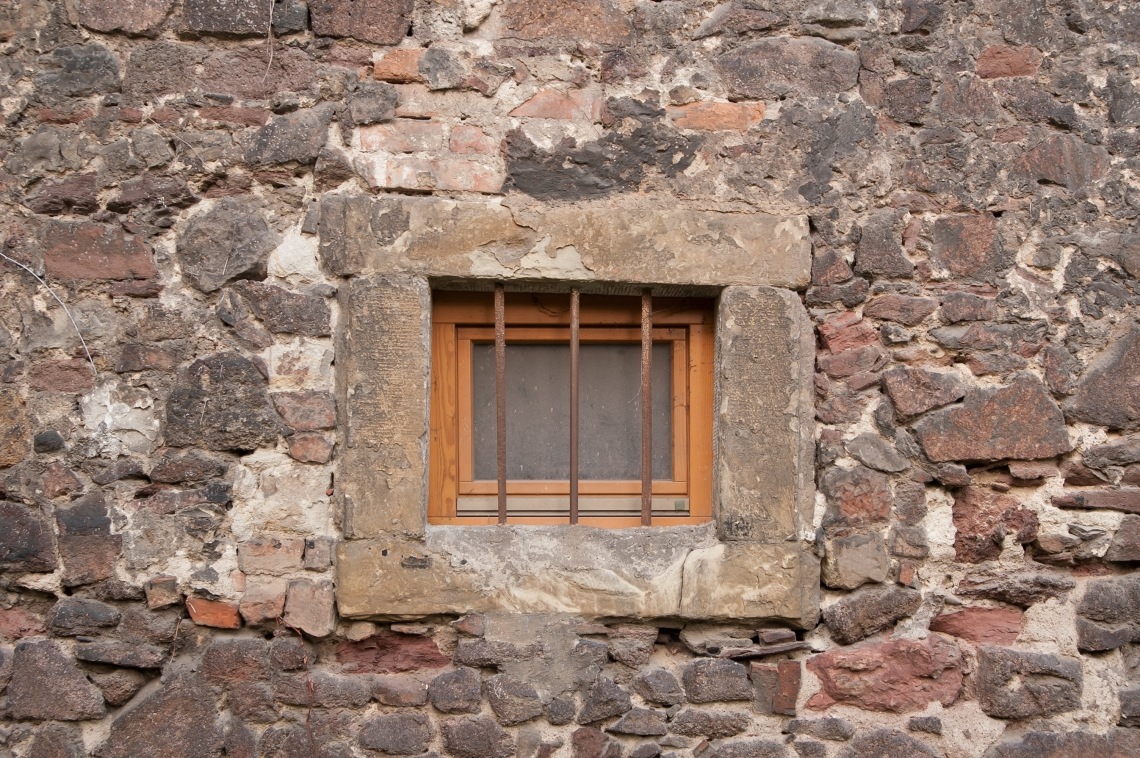 WindowsMedieval0119