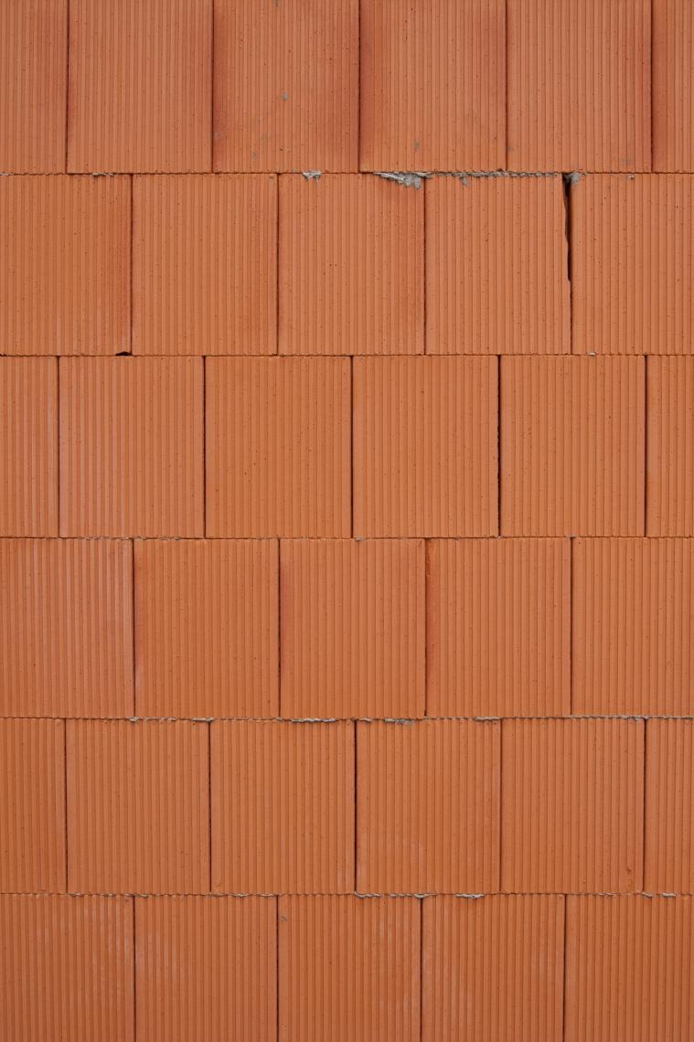 BrickModernLargeBare0023