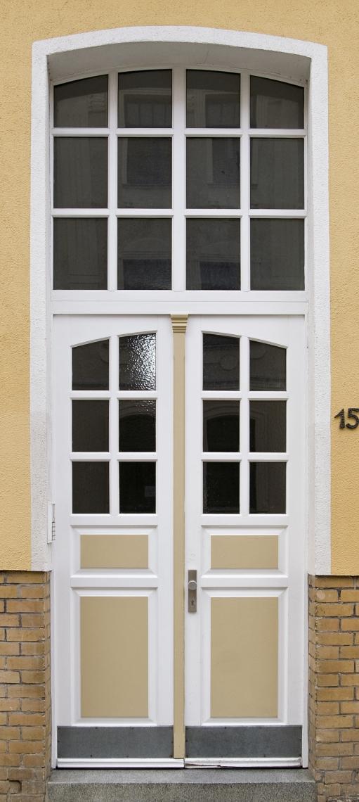 Doors House