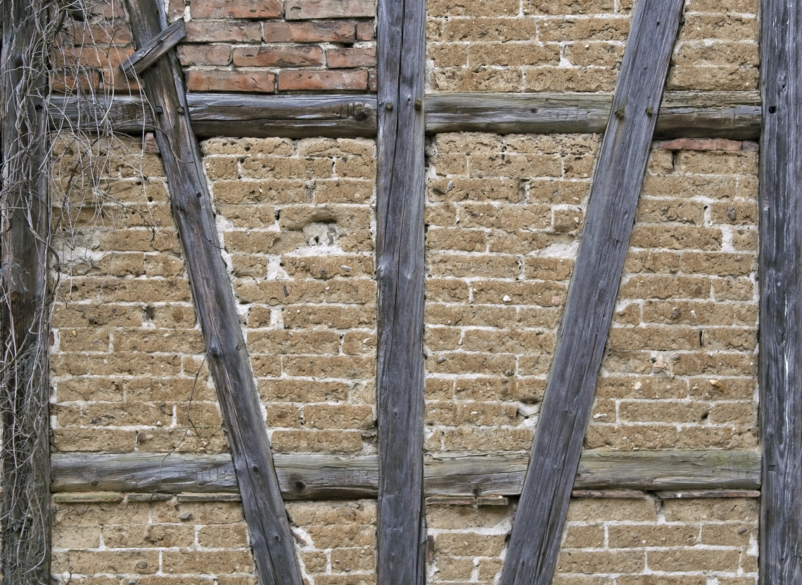 Tudor Wall Brick
